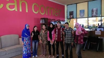 Tasia, Penulis Keren dari Unair Surabaya