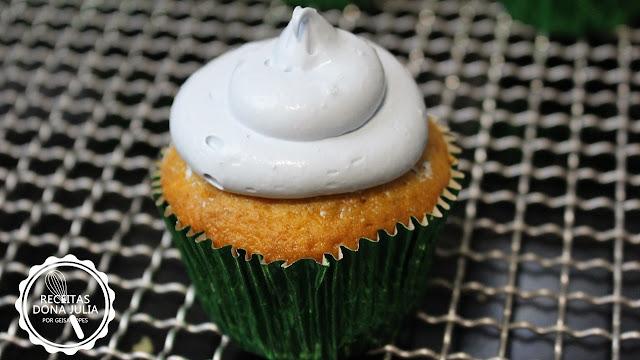 """""""Cupcake de Baunilha"""""""