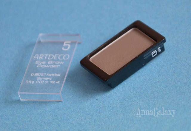 Маленькая упаковка Artdeco Eye Brow Powder
