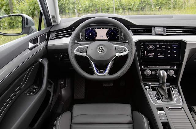 VW Passat GTE Variant 2020