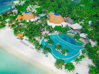 Honeymoon Destinations with Overwater Bungalows maldives 2