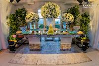 casamento organizado por life eventos especiais na mansão isla em porto alegre com decoração clássica elegante e sofisticada em tons de dourado branco verde e fendi