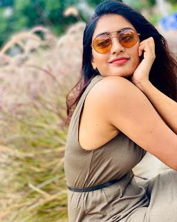 Eesha Rebba Glam Pictureshoot 15