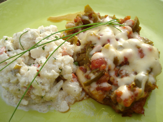 Chili chops with cauliflower salad by Laka kuharica: ideal for all Atkins dieters.