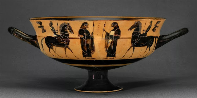 Greek archaeologist uncovers looted Greek vase in Dutch Museum