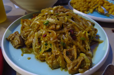Dong Bei Xiao Chu (东北小厨), pickled cabbage pig intestines