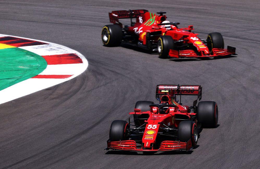 Leclerc disse que a Ferrari ainda precisa entender os problemas com os pneus de seu carro atual