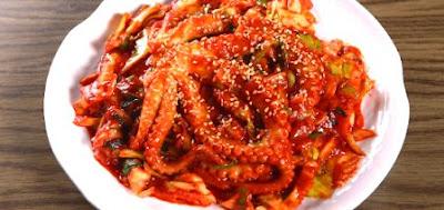 This is a super delicious Korean bokkeum nakji recipe