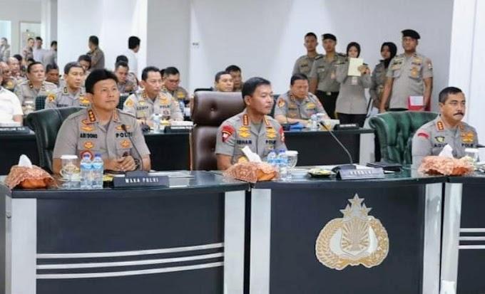 Kapolri Pimpin Vicon Kesiapan Pengamanan Malam Pergantian Tahun Baru 2020