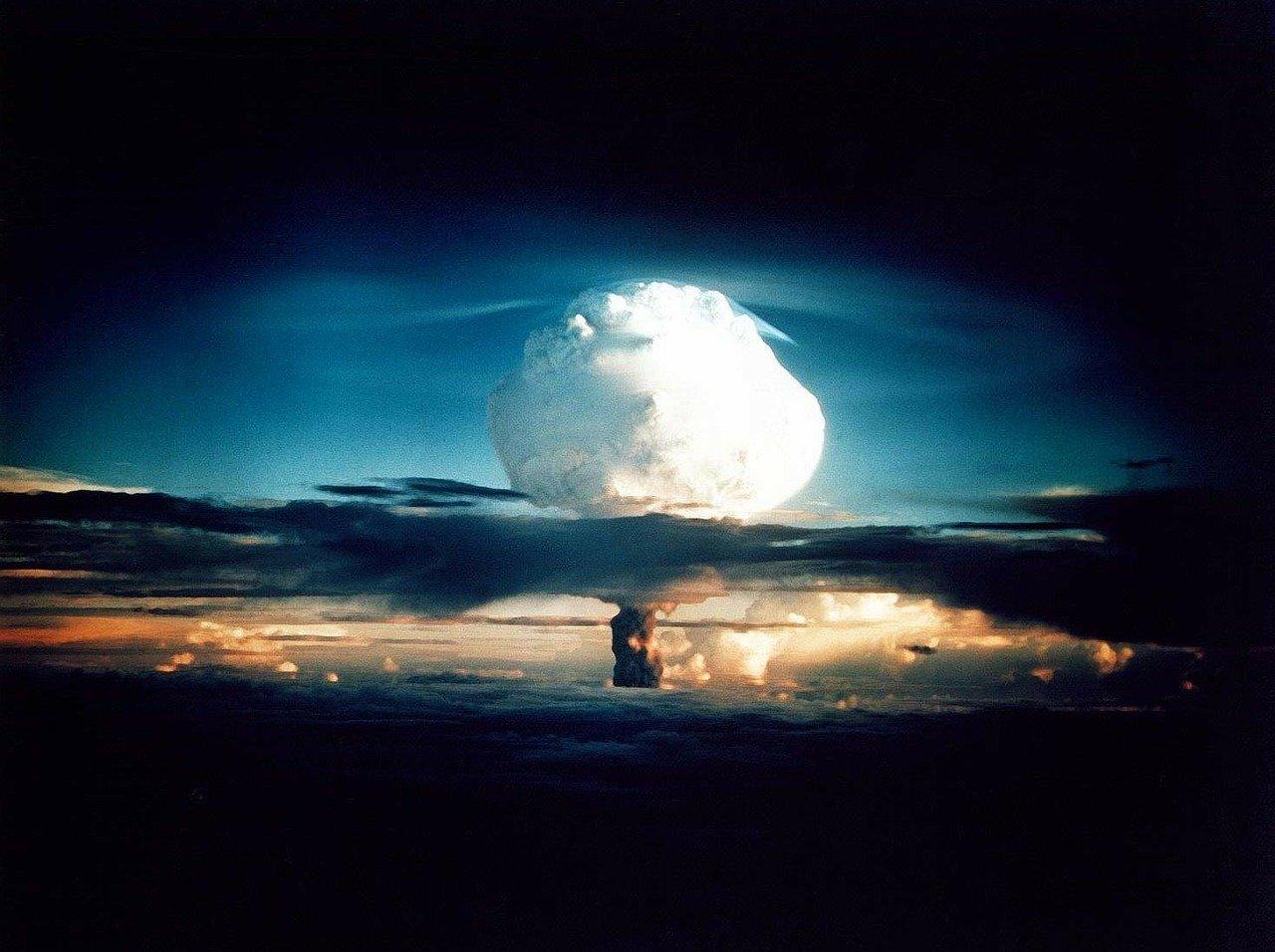 A Ação Destrutiva da Bomba de Nêutrons