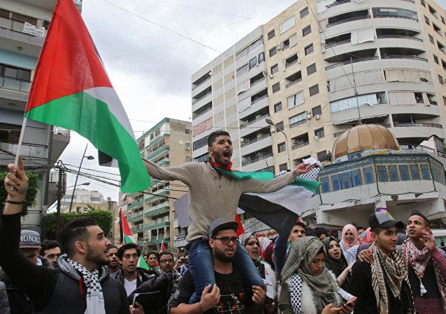Khutbah Jumát yang Menggetarkan: Al-Quds dan Intifadhah Palestina