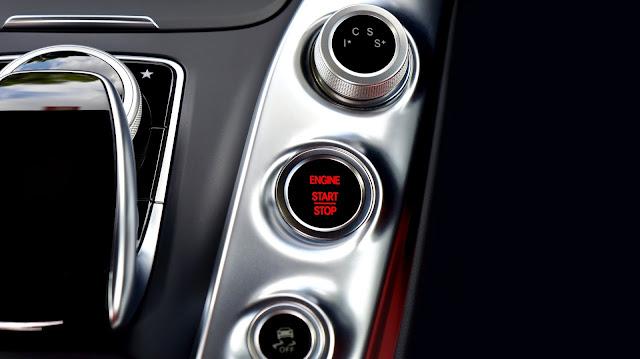 Profeco alerta de fallas en autos Nissan