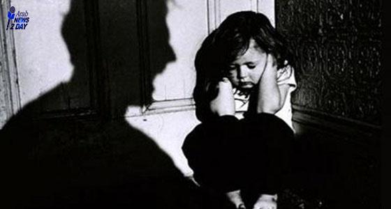 أب يعتدى على طفلته صاحبة 4 أشهر بالضرب ويحاول قتلها  لعدم رغبته في إنجاب الاناث