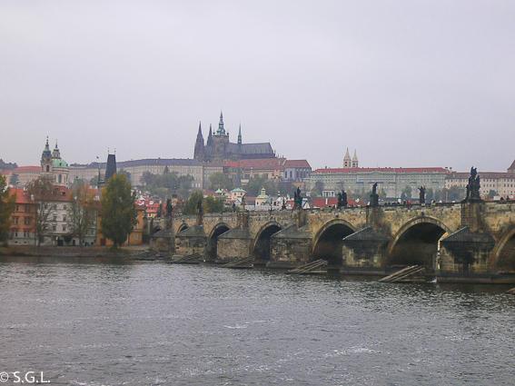 Praga, el castillo y el puente de Carlos