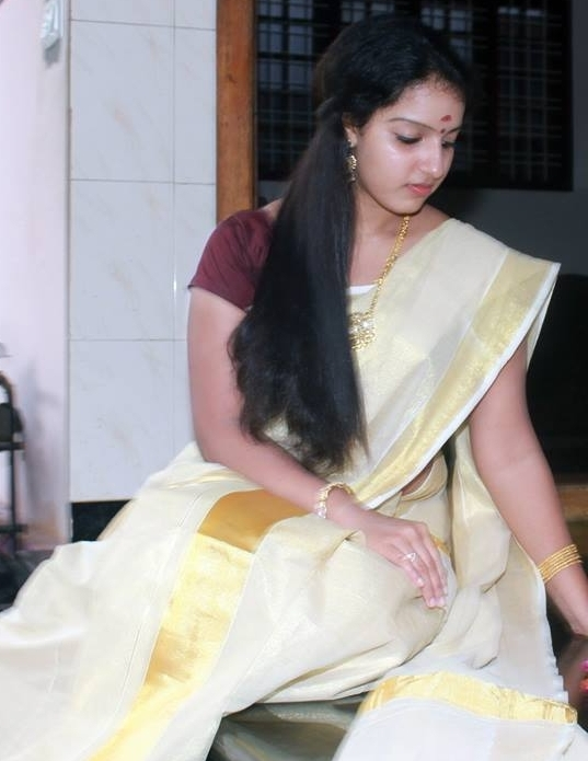 Malavika Menon In Set Saree Malayalam Actress Photos