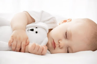 Mana yang Lebih Baik Dan Aman, Posisi Tidur Terlentang, Miring, Dan Tengkurap? Inilah Jawaban Pakar