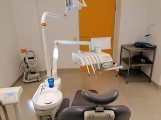 النمسا مساعدة طبيب أسنان تتعرض للطرد بسبب صورة في الانستغرام