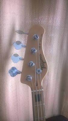 Luthier conserto e reparo