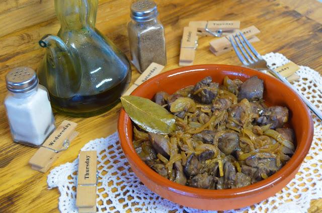 Las delicias de Mayte, recetas saludables, higaditos de pollo al ajillo, higaditos de pollo con cebolla, recetas, receta, higaditos de pollo encebollados, recetas de cocina, higaditos de pollo en salsa,