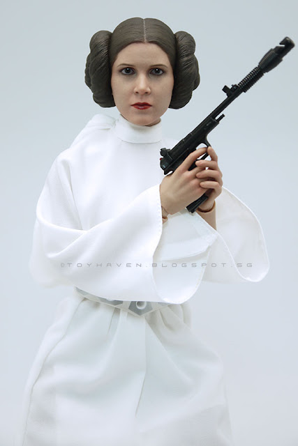 """toyhaven: Review 1: Hot Toys """"Star Wars: A New Hope"""" 1/6th ... How Old Was Princess Leia In A New Hope"""