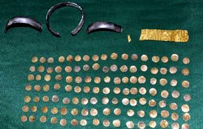 Ancient gold coins, gold plate, silver anklets found