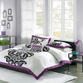 Purple bedroom ideas: Florentine comforter set