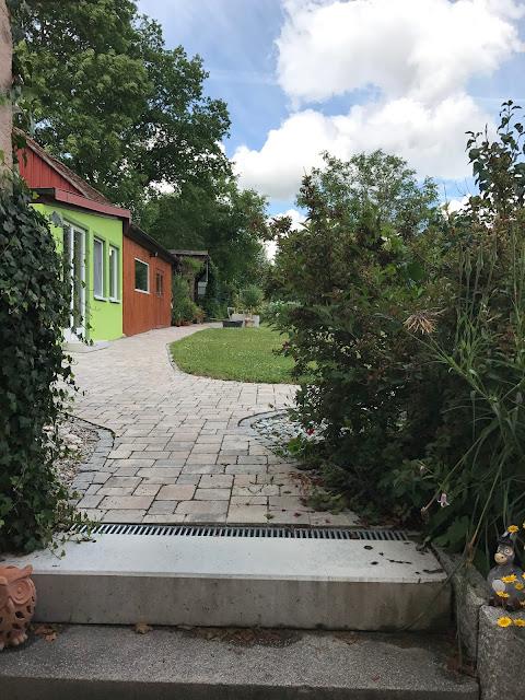auf geht's in den Garten (c) by Joachim Wenk