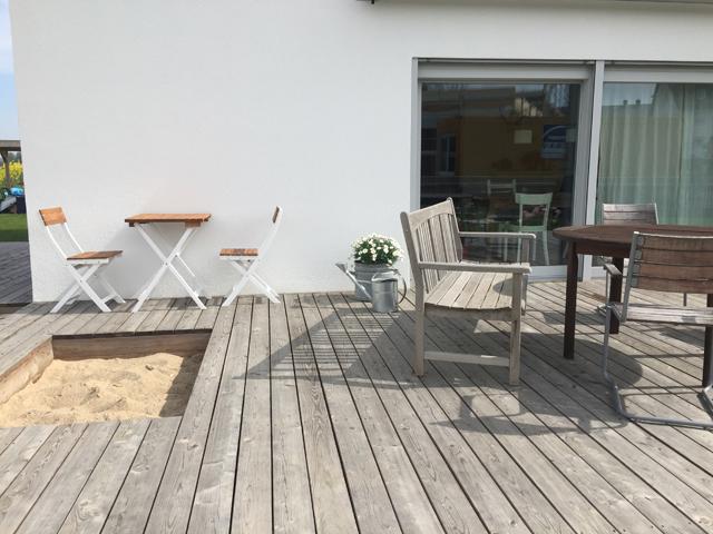 Sandkasten in der Terrasse