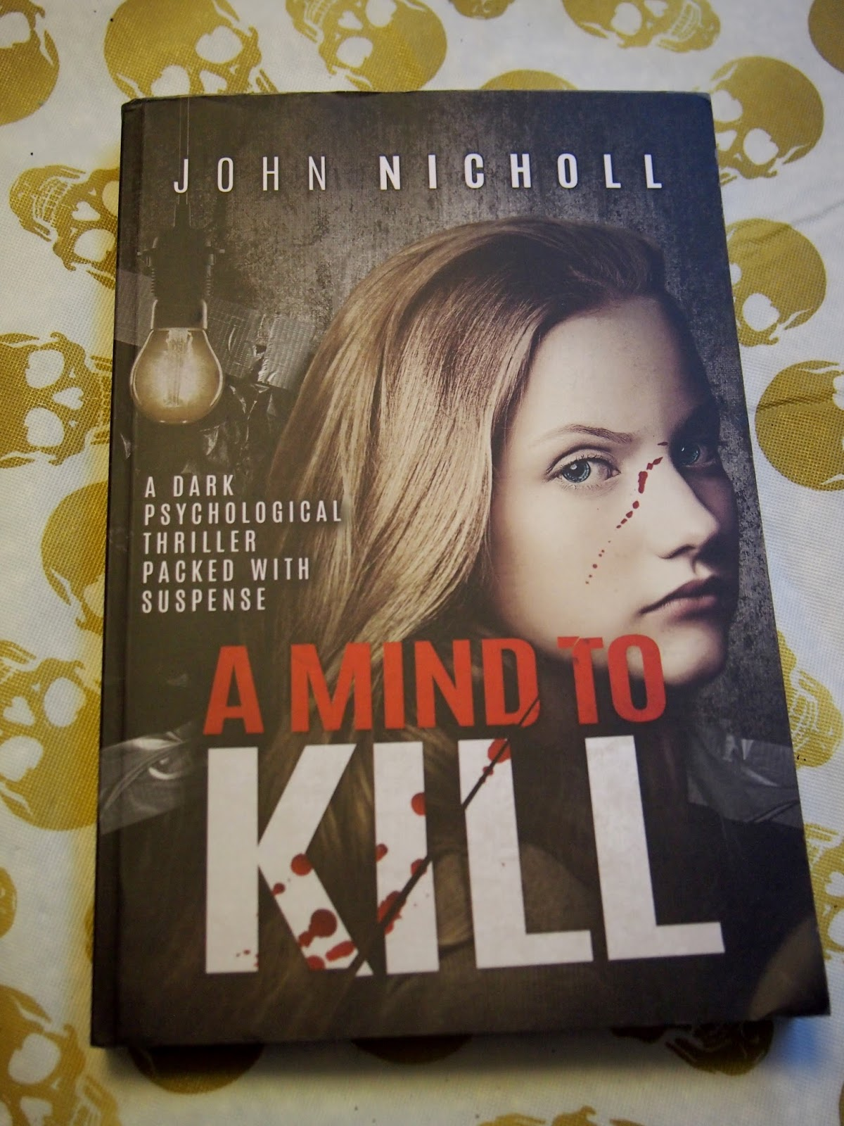 Heck Of A Bunch: A Mind to Kill - Book Review and Giveaway