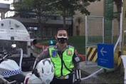 Polisi Kawal Pendistribusian Liquid Tabung Gas Oksigen Ke RS Hermina dan JIH  Solo