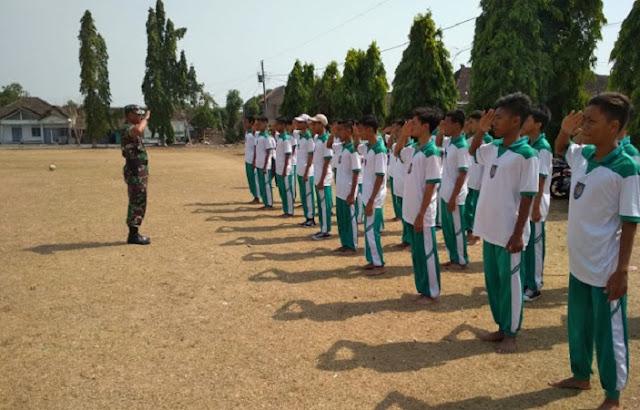 Tanamkan Kedisiplinan, Siswa SMK Batur Jaya 1 Ikuti PBB Dasar