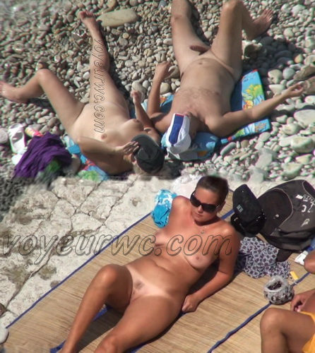 BeachHunters 18091-18162 (Beach Voyeur, Candid, Nude, Topless)