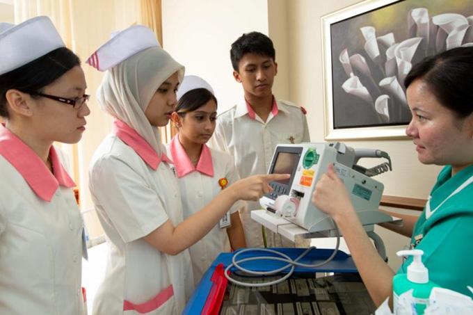Program Skim Latihan 1Malaysia Untuk Jururawat