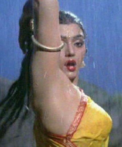 Glamorous Diva: BHANUPRIYA's Biography