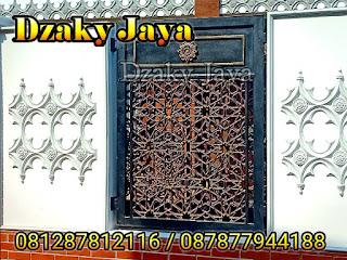 Model pagar besi tempa klasik masjid motif Maroko