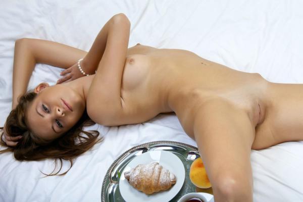 Bogdana B linda ninfeta da bucetinha gostosa e apertadinha