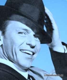 Lirik Fly Me to the Moon dari Frank Sinatra