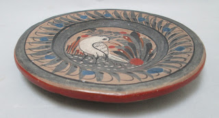 4288 Small Mexican Plate with White Bird-flat view