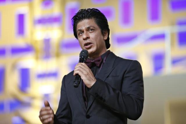 Shah Rukh Khan Fans Promotion HD Pictures