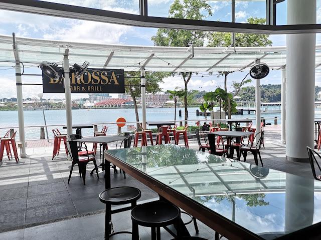 Barossa Bar & Grill alfresco