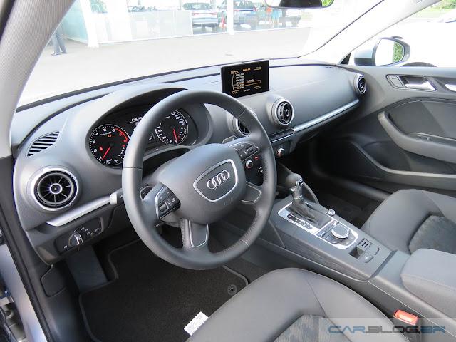 Audi A3 Sedan 1.4 Flex Ambiente - nacional - interior