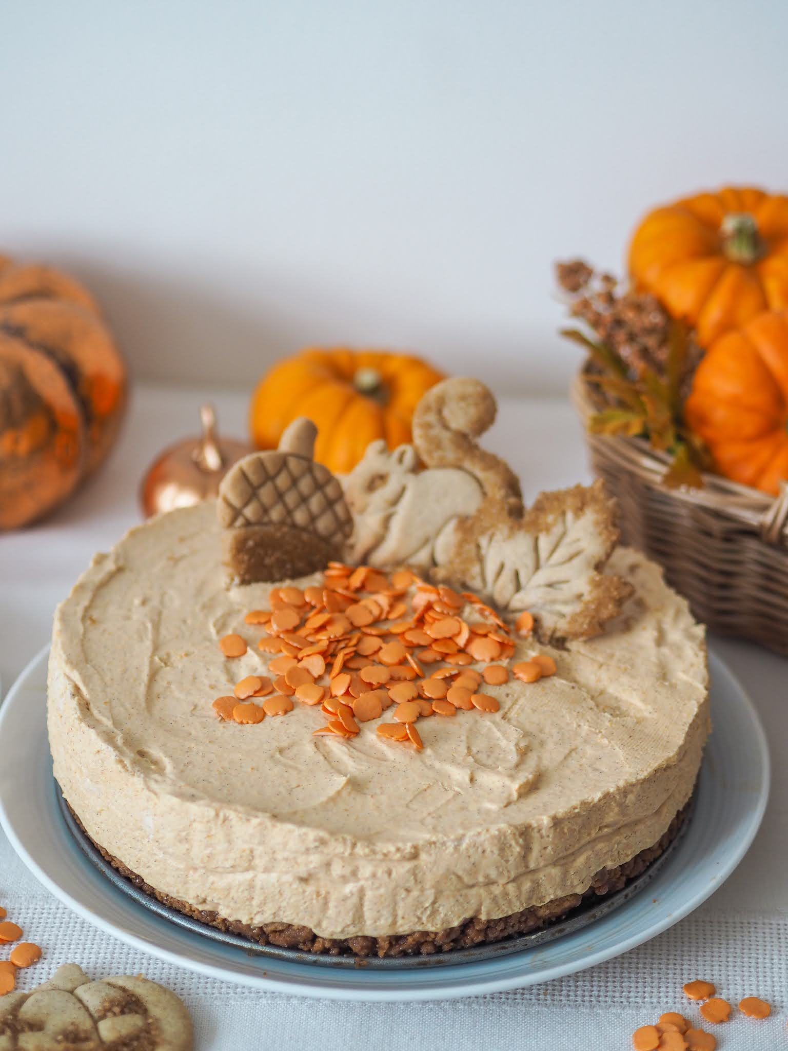 Pumpkin Spiced Cheesecake Recipe, No Bake Cheesecake, Autumn Cheesecake, Fall Cheesecake, Pumpkin Spice Cheesecake, Katie Kirk Loves, UK Food Blogger, UK Recipe, Delicious Creamy Cheesecake