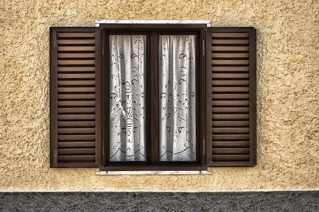 persiane in alluminio-casa-prospetto