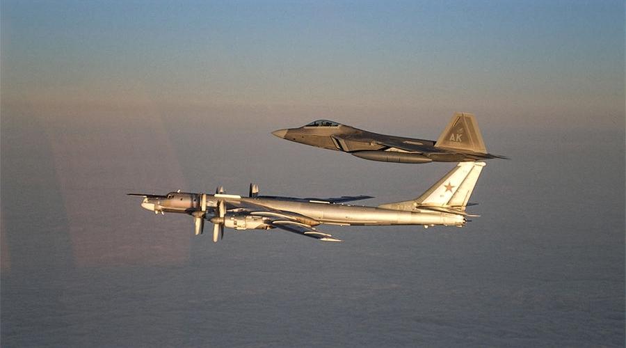 f-22 tu-95 air patrol