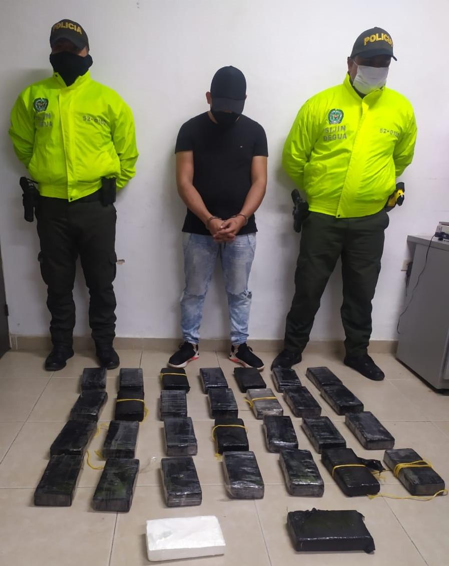 hoyennoticia.com, Incautan 33 kilos de coca en la vía Fonseca - Conejo