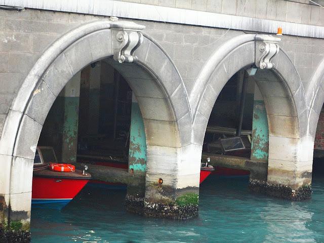 Garáže pro benátský hasičský sbor