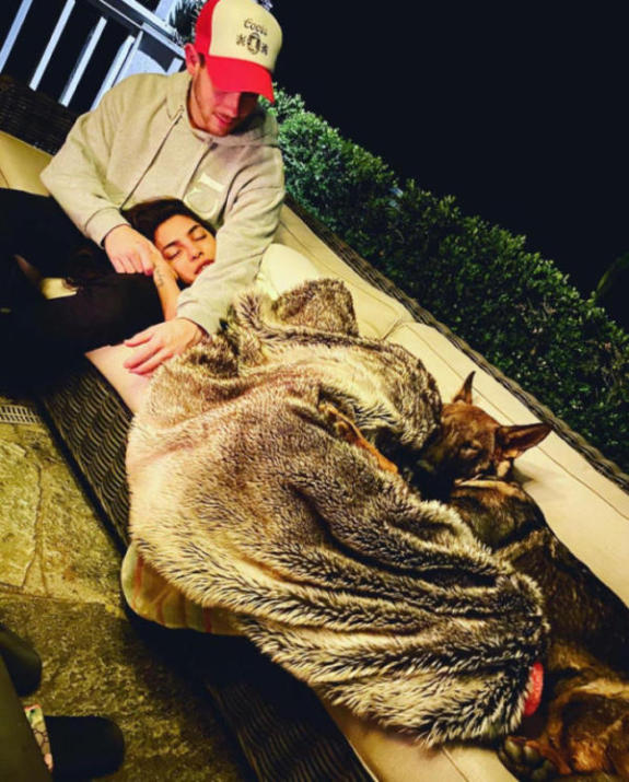 Priyanka Chopra Shares Cute Photo with Nick Jonas 1