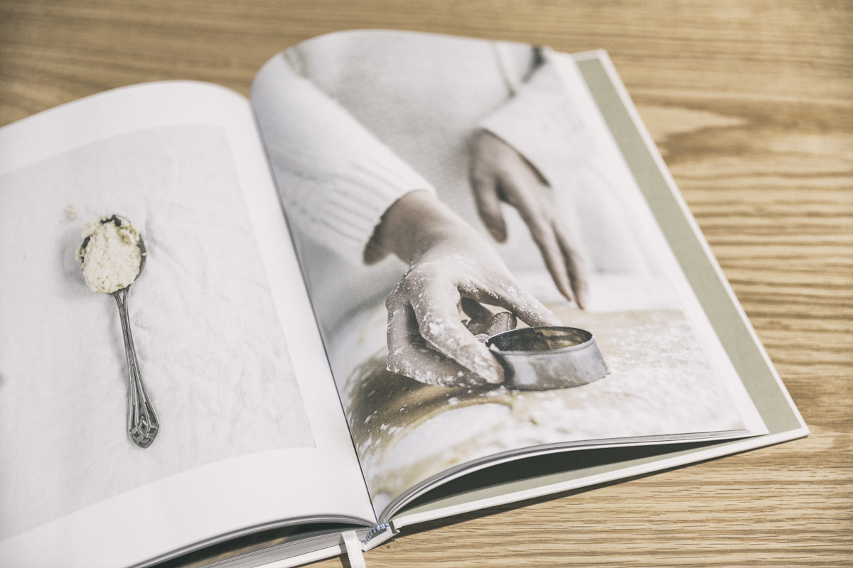 Festive Book, Marja Wickman, Elina Cerell, Cozy publishing, kirja, julkaisu, juhlakirja, valokuvaaja, Frida Steiner, Visualaddict, book, Nomart