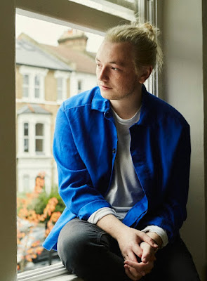 Lewis Watson releases brand new single 'forever'