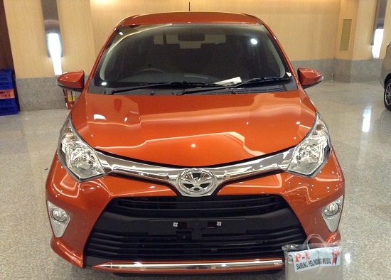 toyota calya G warna orange